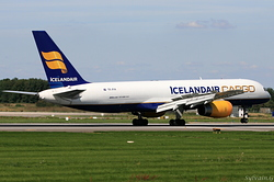 Boeing 757-208/PCF/ET Icelandair Cargo TF-FIH