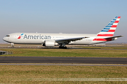Boeing 767-323/ER American Airlines N7375A