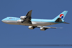 Boeing 747-8HTF Korean Air Lines HL7610
