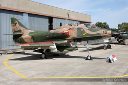 McDonnell Douglas TA-4SU Skyhawk Singapore Air Force 933