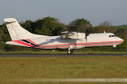ATR 42-300F Aviavilsa LY-ETM