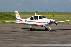 Cirrus SR 20 Armée de l'Air 2185 / F-HKCB