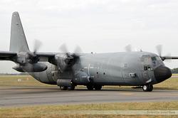 Lockheed C-130H 30 Hercules Armée de l'Air 5227 / 61-PL / F-RAPL