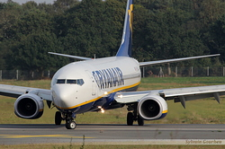 Boeing 737-8AS Ryanair EI-ENY