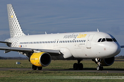 Airbus A320-214 Vueling Airlines EC-JTR