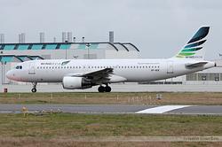 Airbus A320-214 Windavia SP-AEK