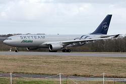 Airbus A330-202 Alitalia (SkyTeam) EI-DIR