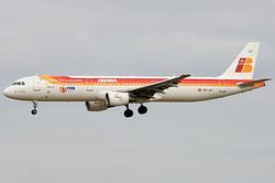 Airbus A321-211 Iberia EC-JLI
