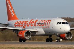 Airbus A319-111 easyJet G-EZEW