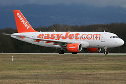 Airbus A319-111 easyJet G-EZDV