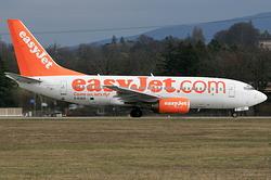 Boeing 737-73V easyJet G-EZKD