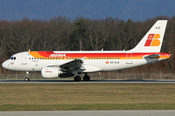 Airbus A319-111 Iberia EC-KJC