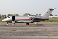 Canadair CL-600-2B16 Challenger 605 VistaJet OE-INE