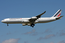 Airbus A340-312 Air France F-GLZC