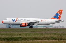 Airbus A320-211 Wind Jet EI-DFN