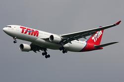 Airbus A330-223 TAM Linhas Aéreas PT-MVD
