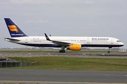 Boeing 757-256 Icelandair TF-FIA
