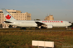 Boeing 767-375/ER Air Canada C-GSCA