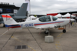 Grob G-120 A Armée de l'Air 85041 / F-GUKG