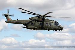 Agusta Westland EH-101 Merlin HC3A Royal Air Force ZJ122 / F