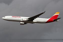 Airbus A330-302 Iberia EC-LZJ