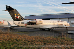 Canadair Regional Jet 200ER Air Uganda 5X-UGG