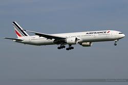 Boeing 777-328(ER) Air France F-GSQP