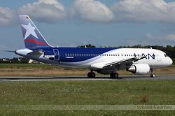 Airbus A320-214 LAN Airlines CC-BAP / D-AXAJ
