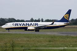 Boeing 737-8AS Ryanair EI-DHH