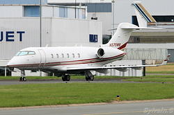 Bombardier BD-100-1A10 Challenger 300 N575WB