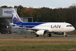Airbus A320-232 LAN Airlines CC-BAE / D-AUBO