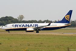 Boeing 737-8AS Ryanair EI-DYN