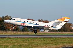 Dassault Falcon 20 F Centre d'Essais en Vol (CEV) 375 / CZ / F-ZACZ