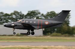 Embraer EMB-121 Xingu Armée de l'Air 076 / YD / F-TEYD