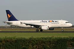 Airbus A320-216 Air One EI-DSR