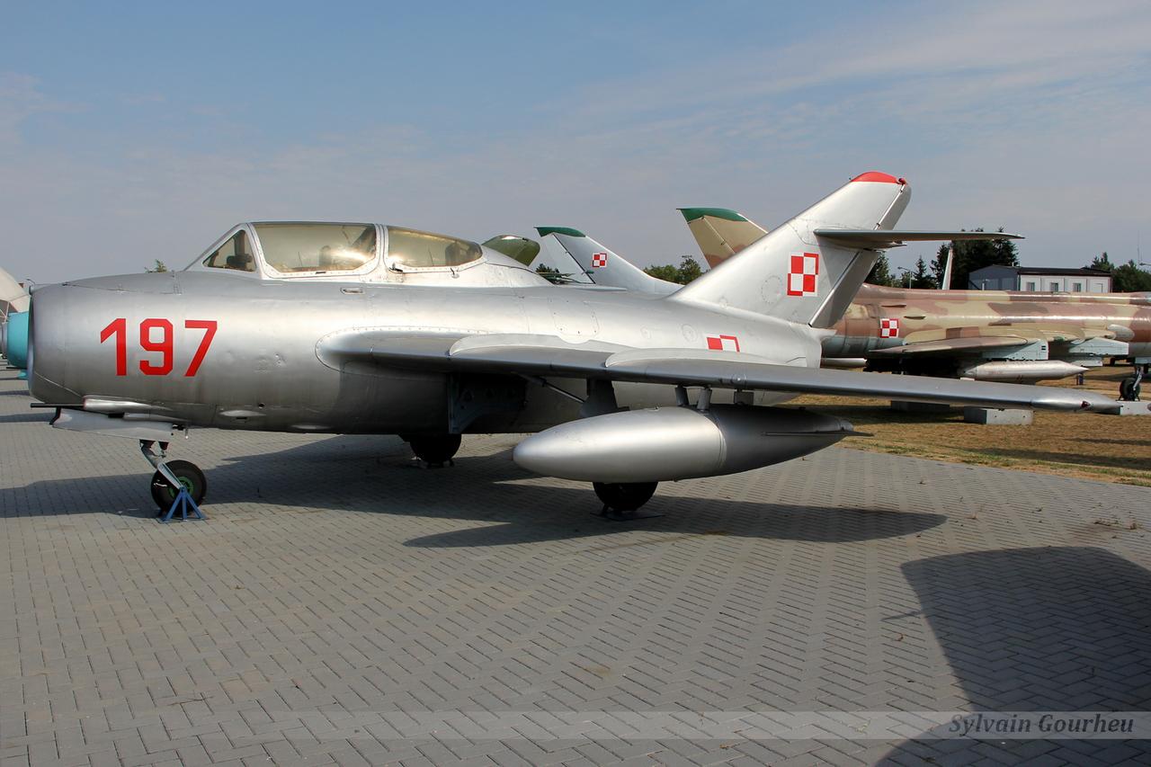 Mikoyan-Gurevich MiG-15UTI Poland Air Force 197