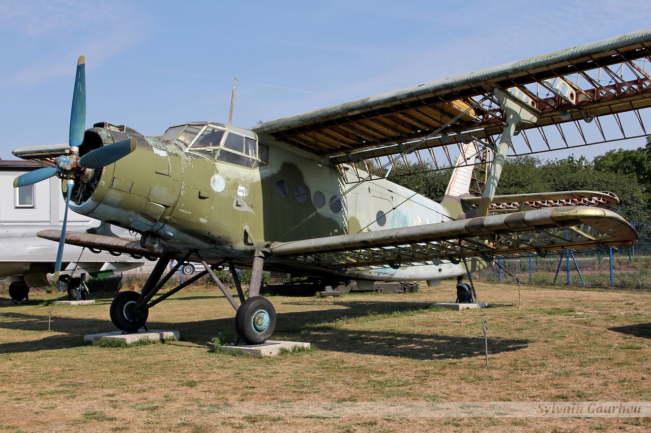 Antonov An-2T Poland Air Force 9866