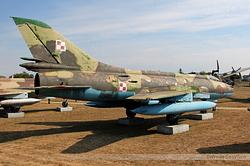 Sukhoi Su-20R Poland Air Force 7125