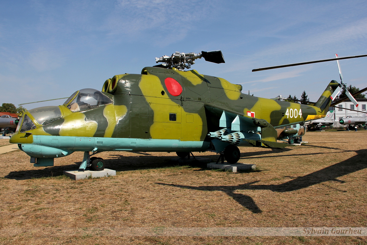 Mil Mi-24 Poland Air Force 4004