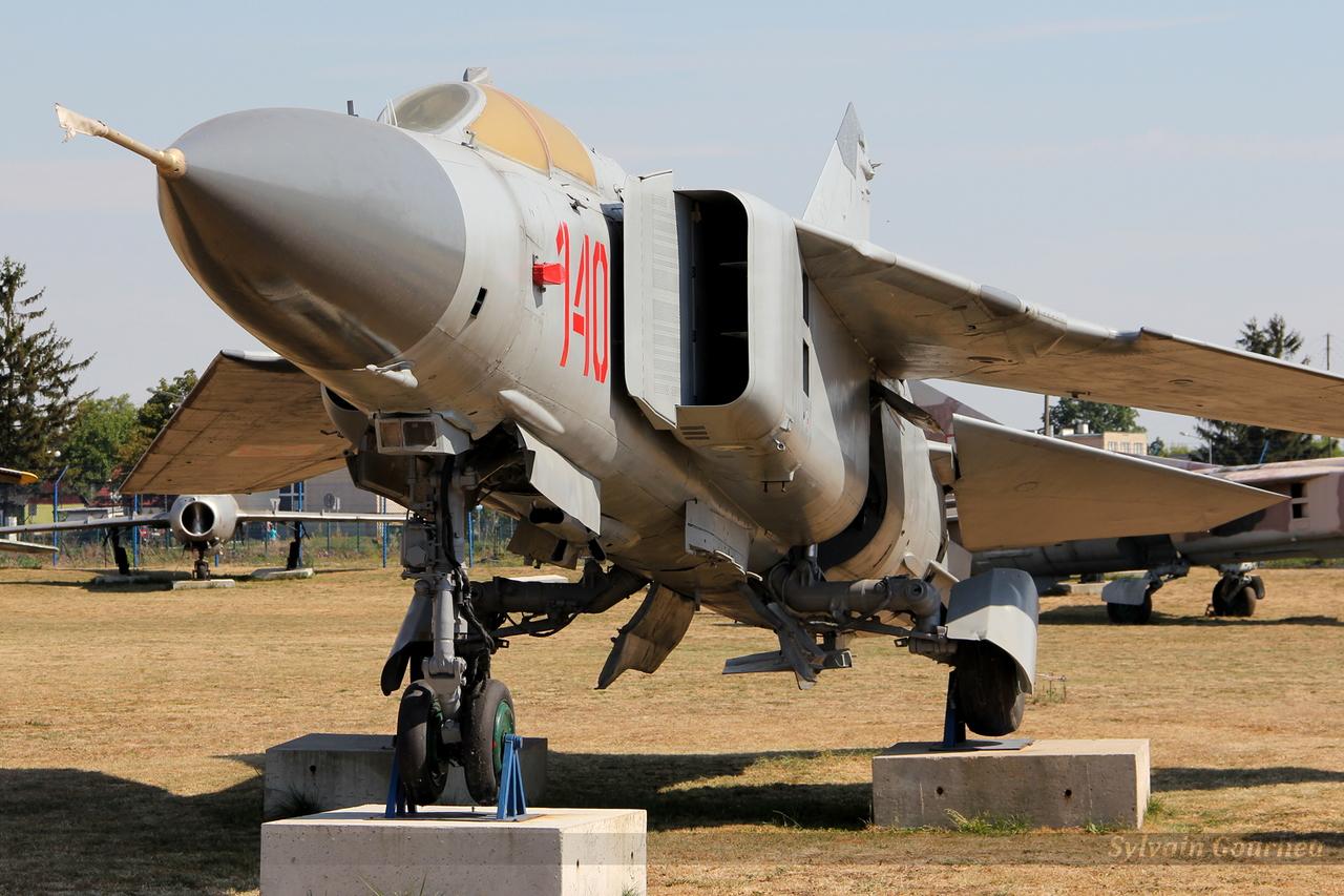 Mikoyan-Gurevich MiG-23MF Flogger Poland Air Force 140