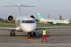 Canadair Regional Jet CRJ-700 HOP! F-GRZJ