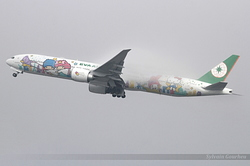 "Boeing 777-36NER EVA Air ""Hello Kitty"" B-16722"