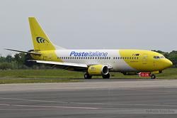 Boeing 737-3Q8(QC) Mistral Air EI-FGX