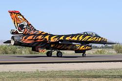 General Dynamics F-16C Night Falcon Turkey Air Force 92-0014