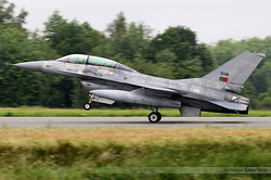 General Dynamics F-16BM Fighting Falcon Portuguese Air Force 15118