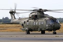 Agusta Westland EH-101 Merlin HC3A Royal Navy ZJ121 / E