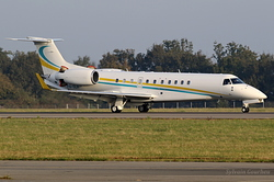 Embraer EMB-135BJ Legacy 650 Comlux KZ P4-SLK