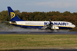 Boeing 737-8AS Ryanair EI-FIJ