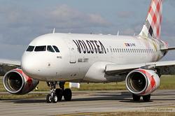 Airbus A319-112 Volotea EI-FMT