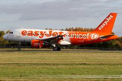 Airbus A319-111 easyJet G-EJAR